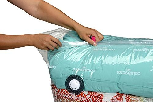 Compactor Vacuum Solution with Vacuum Bag to protect Clothes, Duvets, Blankets